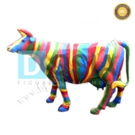 FZ63  - Krowa figura reklamowa, dekoracyjna